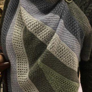 To Hull and back sample shawl