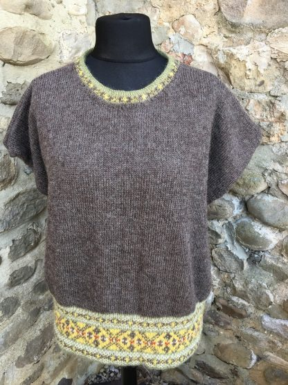 Cracking the Flags jumper - Natural Black front