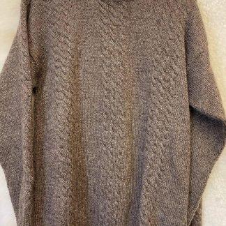 Wensleydale Alistair sweater in Natural Black