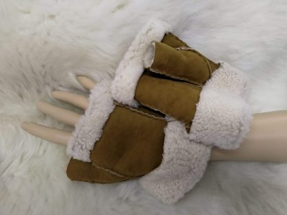 Sheepskin Fingerless Gloves - Tan
