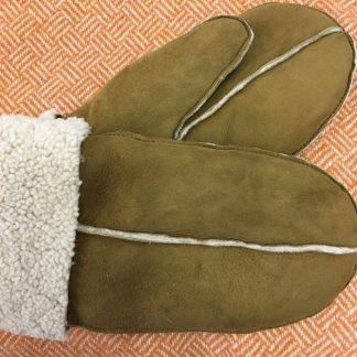 Sheepskin mittens - Tan