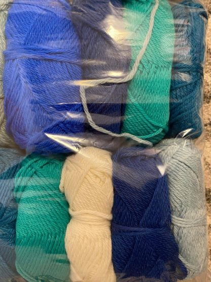 Scrappy Bag of British Aran Wool in a variety of colours