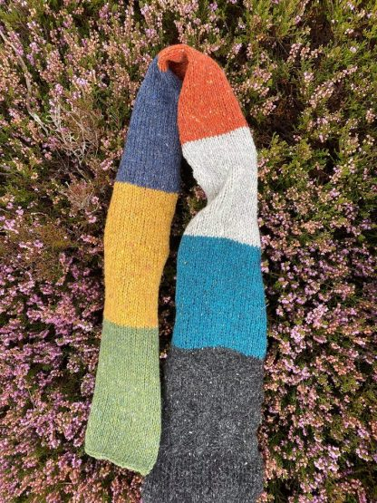 Sheep Shop Nep - knit colour sample lying on heather